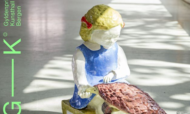John Hegre / Tone Andersen / Kim Hankyul / Erik Hjorth / Marthe Bleu / Kobie Nel / Bjørn Mortensen / Linda Morell / Agnete Tangrand – 1 : 1